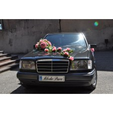 """Dekoracja samochodu """"Romantyczny ślub"""""""